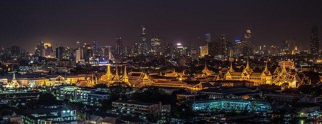 Rušný a očarujúci Bangkok