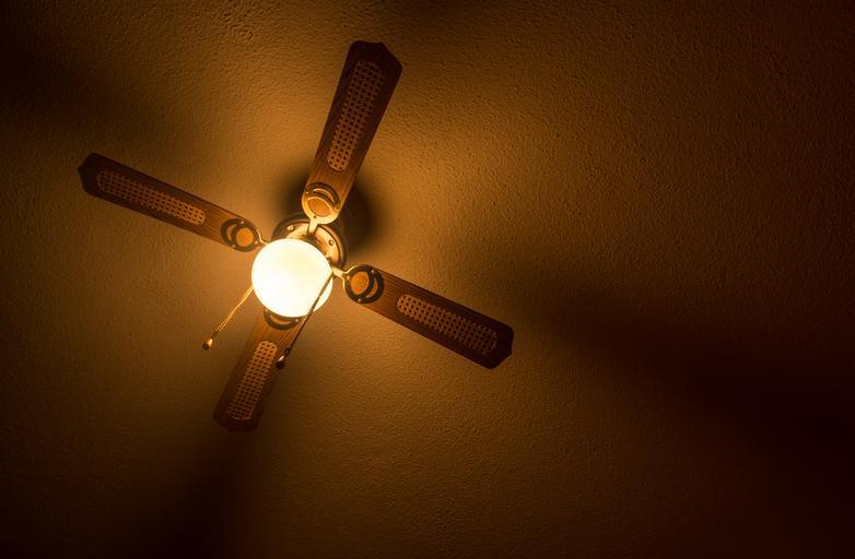 Úspornú formu pravidelného svietenia poskytujú nové LED svetlá
